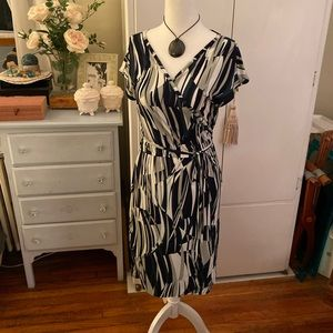 Banana Republic Patterned Wrap Dress